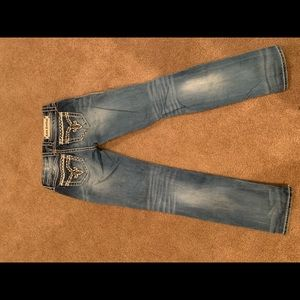 Rock Revival Jeans - Rock Revival straight leg